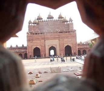 Индия. День 3. Места Джейпура, Дворец на горе, переезд в Агру